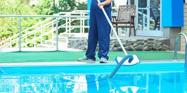 Pool Cleaning in UAE, Dubai