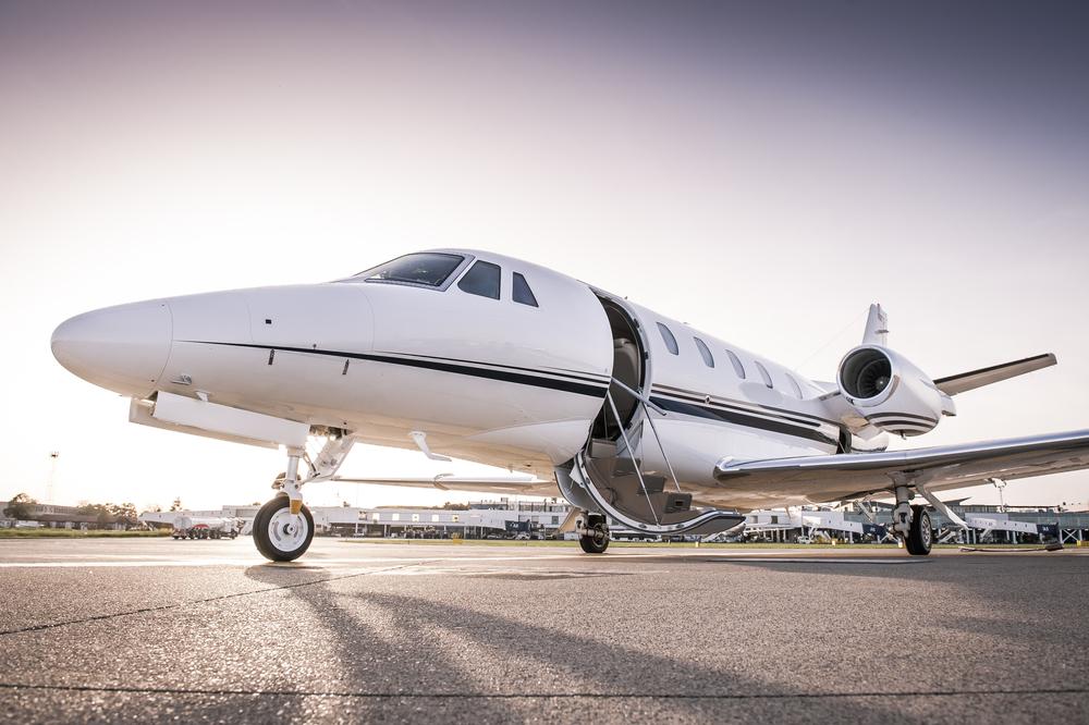 private-jet-white